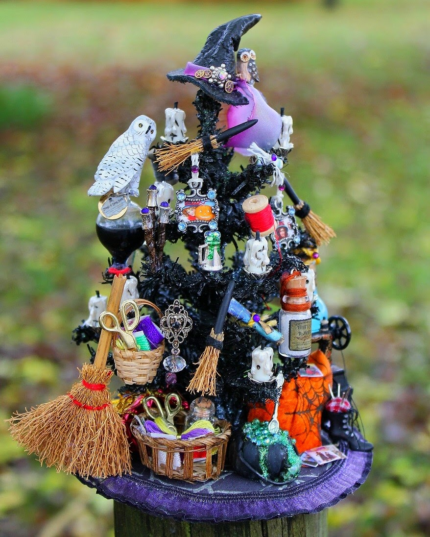 Mini Black Christmas Tree: 19th Day Miniatures Works In Progress: Dollhouse Miniature