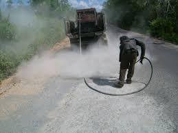 cara pelaksanaan pembersihan permukaan jalan