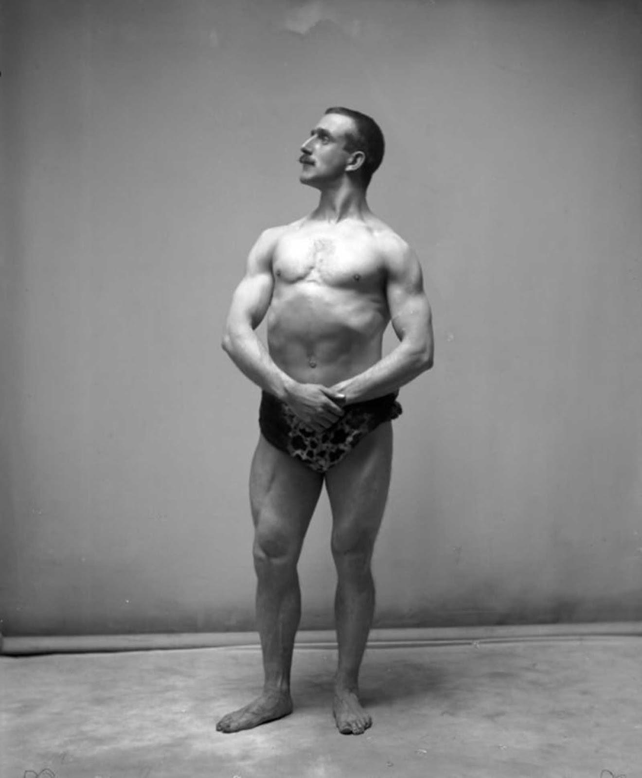 Sr. Murray, ganador del concurso de culturismo de Sandow en 1905.