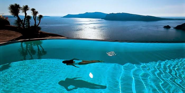 Las mejores piscinas de hoteles del mediterr neo paisaje for Hoteles junto al mar