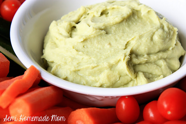 Avocado white bean hummus