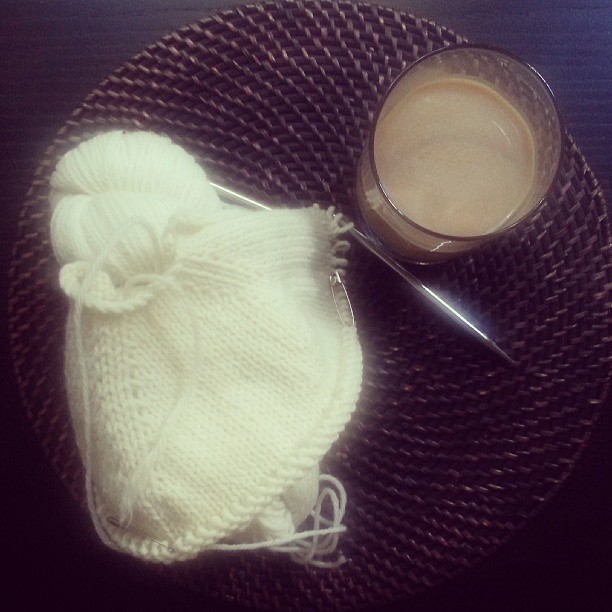 Hand-knits + cold-brewed coffee  |  The day to day on *sparklingly  |  http://sparklingly.blogspot.com