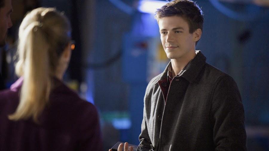 Felicity şi Barry Allen în serialul Arrow