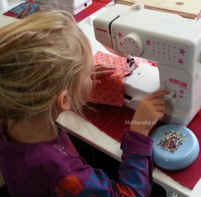 aan- en afhechten op de naaimachine