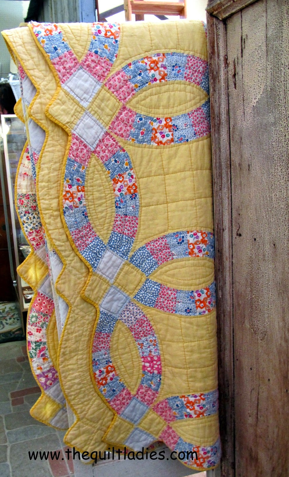 The Quilt Ladies Yellow Double Wedding Ring Quilt