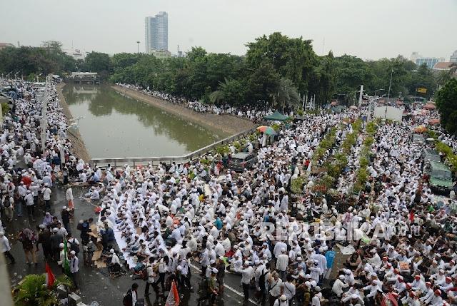 Aktivis: Jokowi Hanya Presiden bagi Penjilat dan Relawannya : Detikberita.co Terbaru Hari Ini