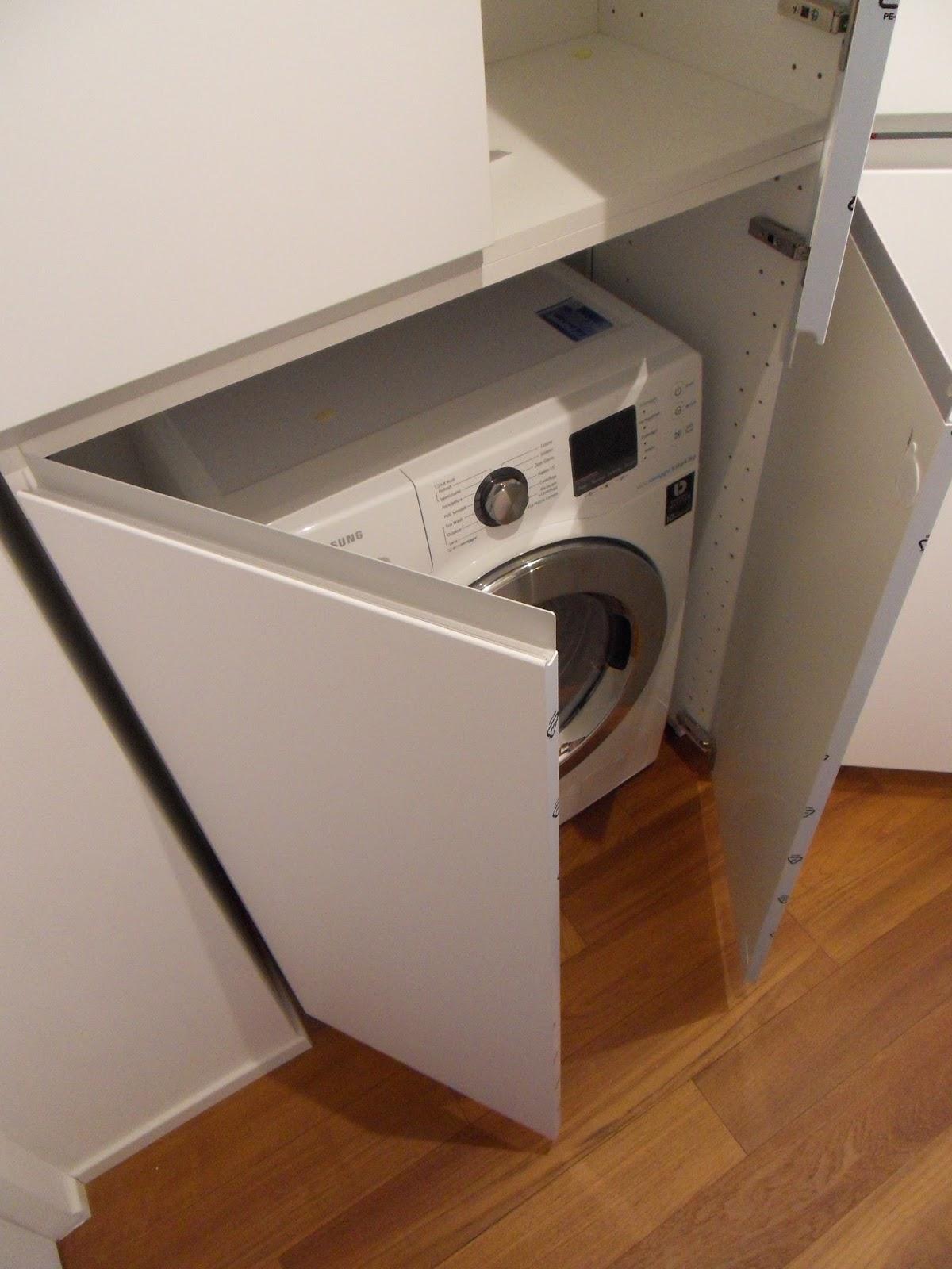 Appunti di architettura gli armadi ikea su misura - Lavatrice in cucina ...
