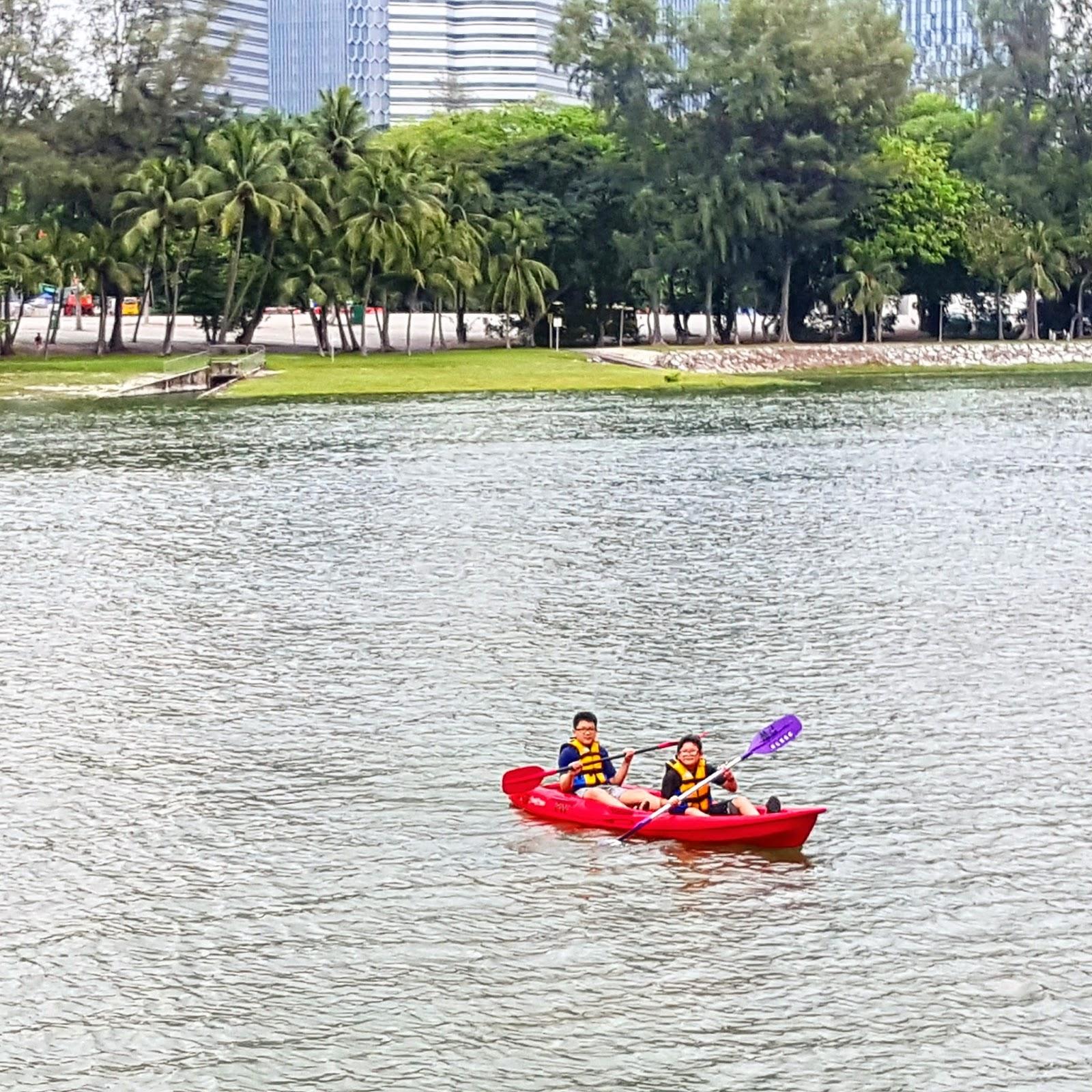 Denver Kayaking: The HENG Family Travel & Lifestyle Blog: Kayaking And
