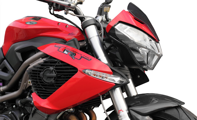 Benelli TNT 1130R Photos Gallery