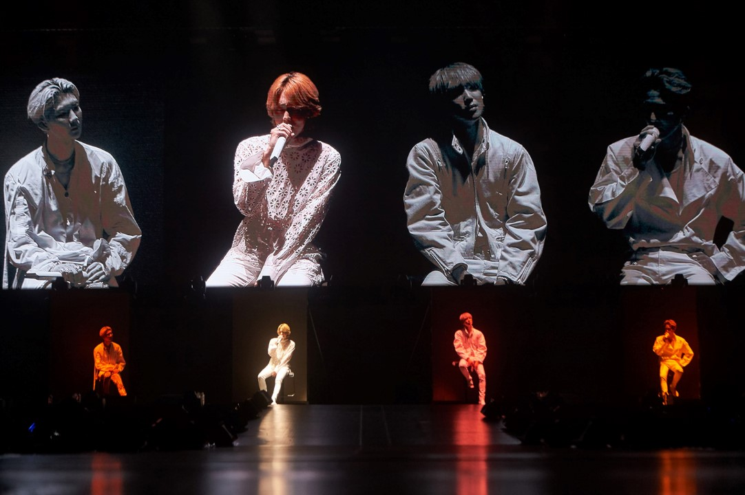 """WINNER has a """"Really Really"""" good time at first concert in"""
