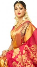 Anushka Shetty At mall opening