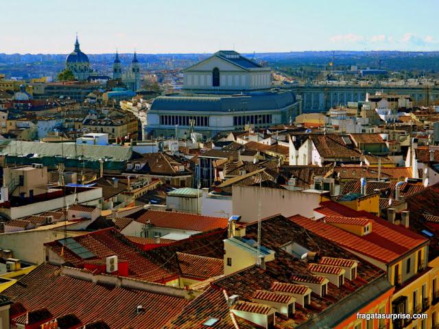 Madri vista do terraço do mercado Gourmet Experience do El Corte Inglés, na Gran Via