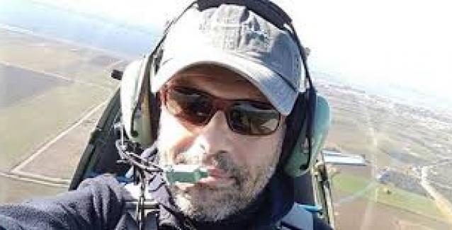 Μεσολόγγι: Καρέ καρέ η ανέλκυση του μοιραίου αεροσκάφους που πήρε τον χειριστή του στον βυθό .. ΒΙΝΤΕΟ
