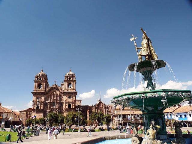 Quảng trường Plaza de Armas