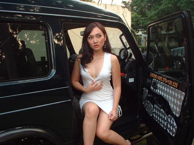Artis Indo: Cantik Seksi Seksi Hongkong