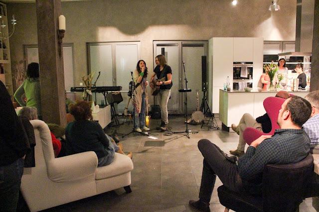Erlebnis Wohnzimmerkonzert Ins Wochenende Grooven Mit SofaConcerts