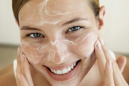 4 Cara Membuat Masker Alami Untuk Memutihkan Wajah Cantikmu
