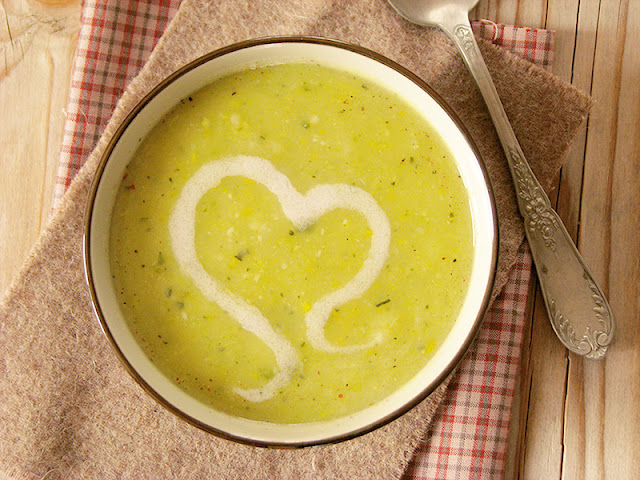 recette vegan et bio de velouté à la courgette