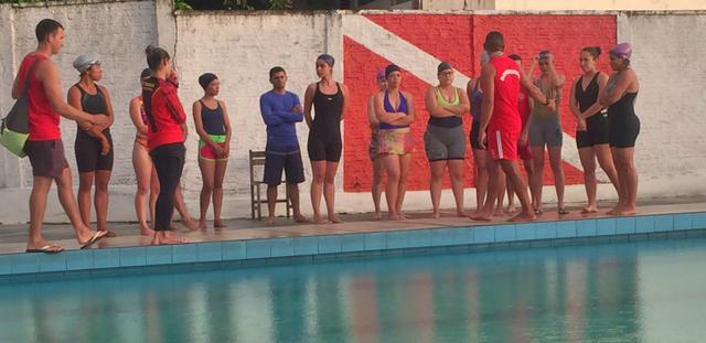 Em Cruzeiro do Sul, Corpo de Bombeiros oferece curso de natação para candidatos ao concurso da PM
