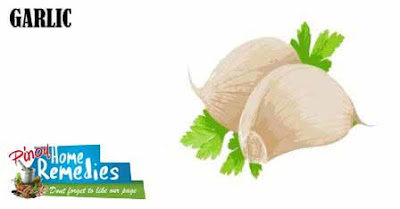 Home Remedies For Pimples: Garlic
