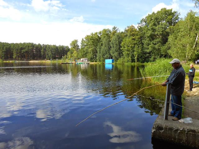 Рыбаки на Дехановом пруду