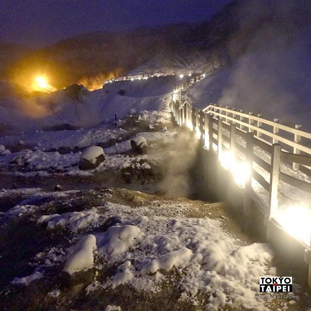 【登別地獄谷】山谷中火山口噴氣和湧泉 晚上點燈變鬼火之路