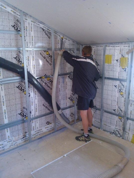 une passivhaus viriat 5 juin 2013 on remplit les murs. Black Bedroom Furniture Sets. Home Design Ideas