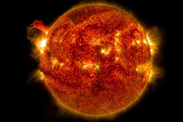 Erupción solar más grande de la década deja sin servicios GPS a medio planeta