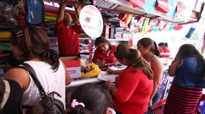 Precios de útiles escolares suben hasta un 12% por impacto del dólar