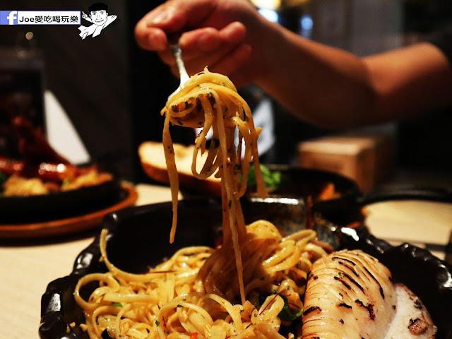 IMG 3657 - 熱血採訪│鐵克諾南洋風味手扒海鮮拼盤超豐盛!搭配超厚龍蝦痛風都快發作了
