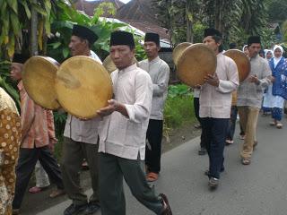 """Serunya Perayaan """" Khatam Al-Qur'an """" Tradisi Padang"""