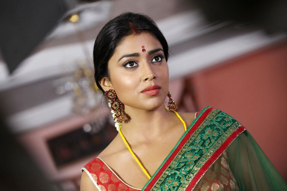Shriya hot pics