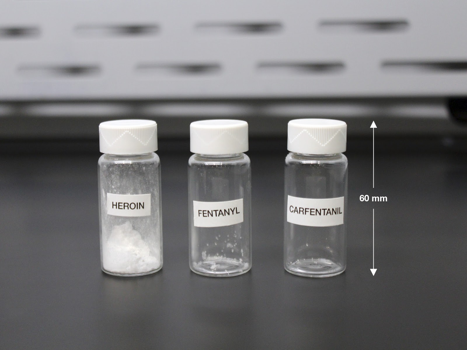 You can overdose just by inhaling it. Here's how fentanyl is killing more than heroin - Muddlex