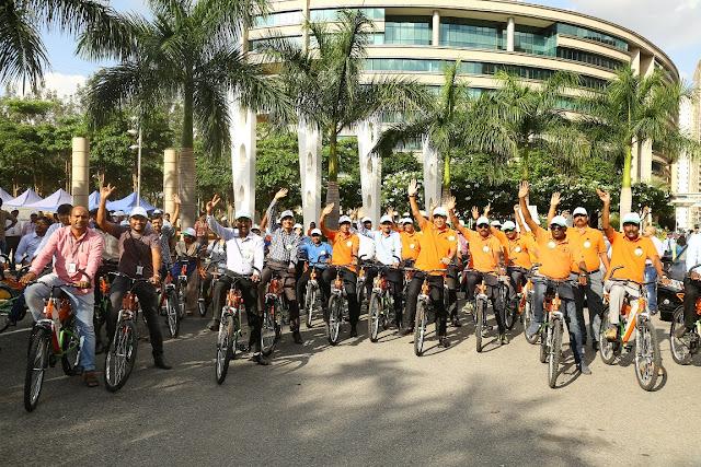 Pradeep Lala, CEO, Embassy Services leading a cyclethon on World Environment Day at Embassy Manyata Business Park