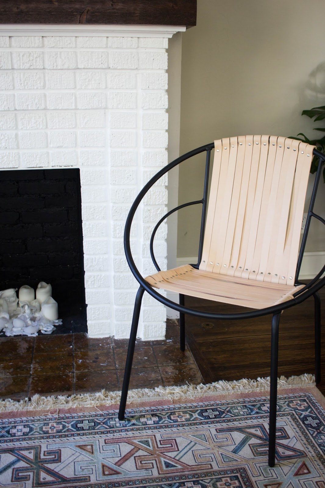 Acapulco chair living room - Diy Leather Acapulco Chair Target Hack