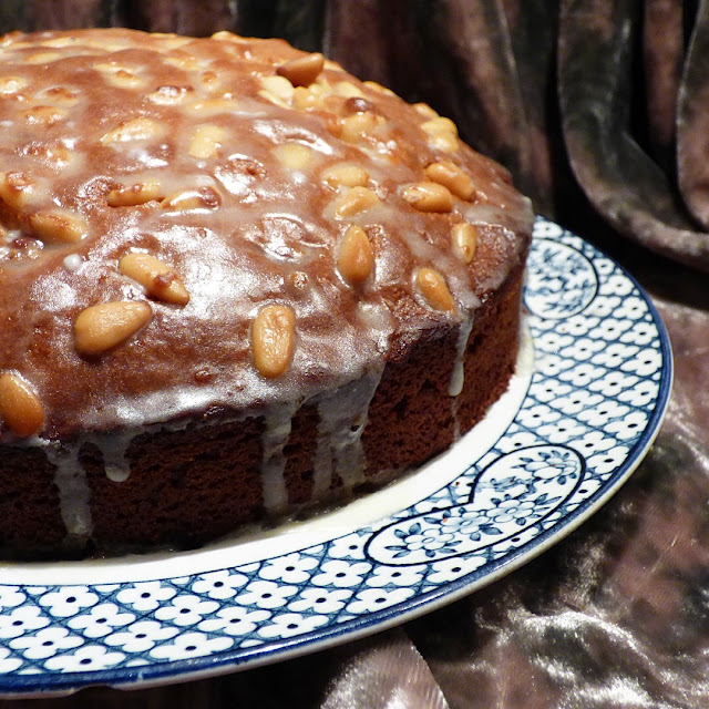 best cake recipes with pine nuts