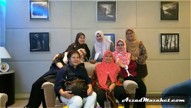 Cruise Tasik Putrajaya - Waiting Lounge