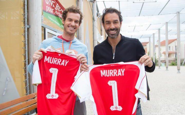 Andy Murray hâm mộ Arsenal là vì Robert Pires