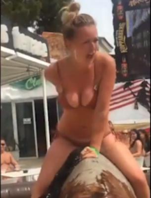Nude bw handjob