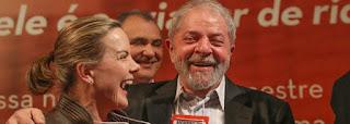 PT tenta 'tirar' pré-campanha de Lula da prisão