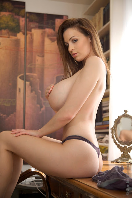 hot-jordan-carver-table-sexy-photo-shoot-hd