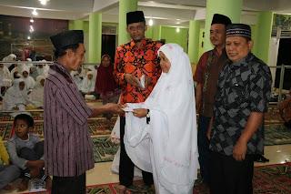 Tarawih Ke Kelima, Tim 1 Safari Ramadhan Pemkab Limapuluh Kota Kunjungi Masjid Al-Attihad, Nagari Guguak VIII Koto
