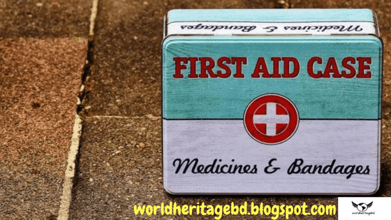 Take first aid box while traveling