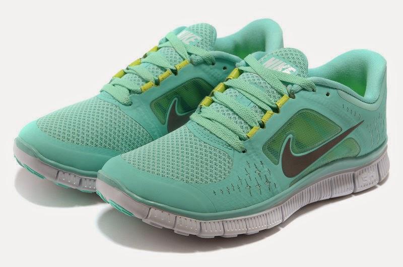 ef371cece2e4ad Nike Air Max 1 Size 4 6