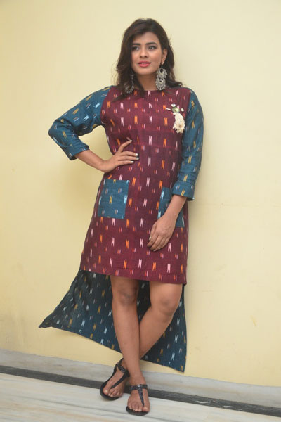 Actress Hebah Patel Latest Photos