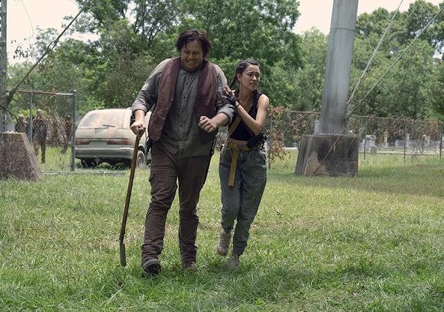 Eugene Porter (Josh McDermitt) e Rosita Espinosa (Christian Serratos) nell'episodio 6