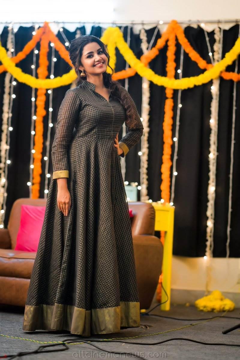 Anupama Parameswaran Unseen Photos
