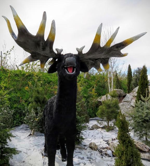 Tayto Park - Animatronic Elk