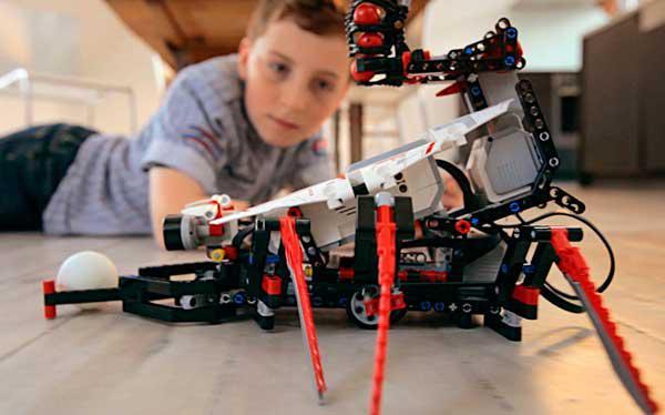 Τεχνολογικά άλματα στο Μέλλον από την εκπαίδευση των μαθητών του ΕΠΑΛ Ναυπλίου
