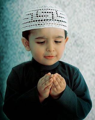 80 Koleksi Gambar Anak Kecil Lagi Berdoa Gratis Terbaik
